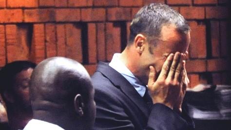 Oscar Pistorius jura que el bate ensagrentado encontrado en su casa corresponde a otro homicidio