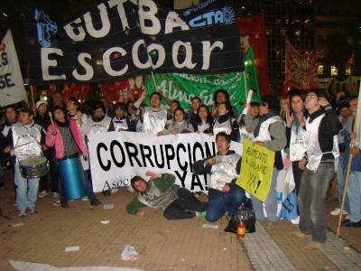 PARO DE DOCENTES: Corrupción será asignatura obligatoria desde los siete años.