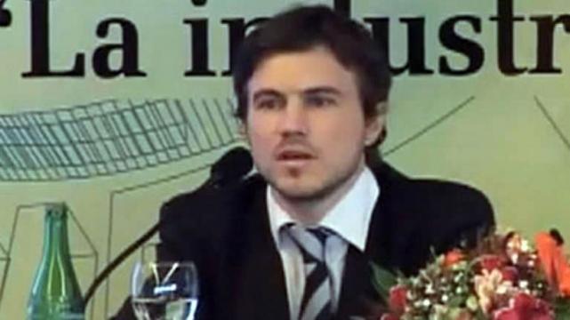 El nuevo Secretario de Comercio Interior quiere que los argentinos se acuesten a las siete de la tarde.